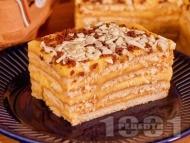 Рецепта Бисквитена торта с домашен крем ванилия и шоколадов крокан